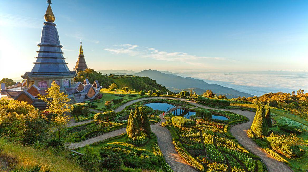 Visit two Pagoda.
