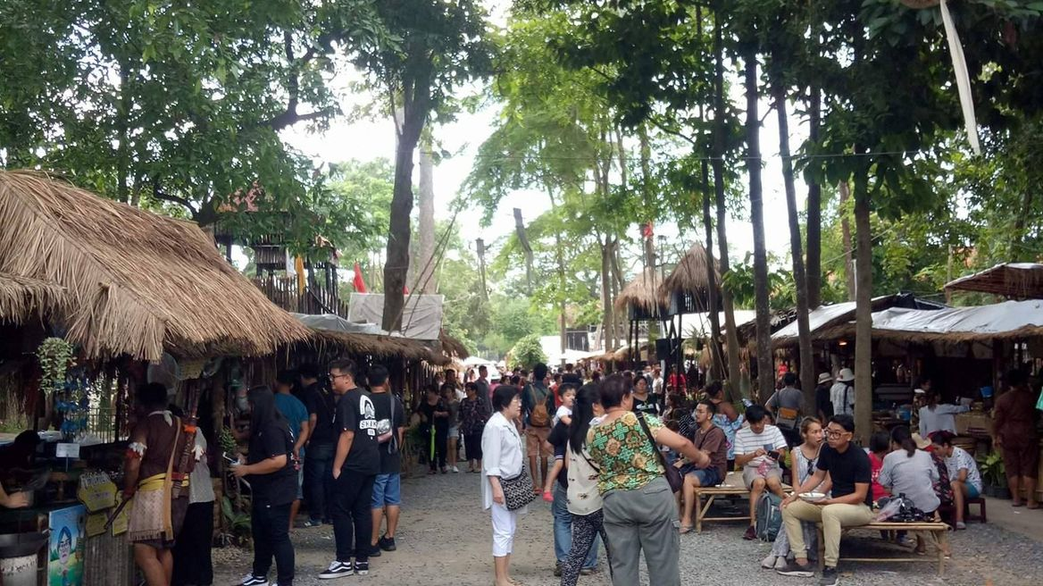 Bangrachan, Sing Buri Retro Market (In this market you can wear Traditional Thai Coustume and shopping here)