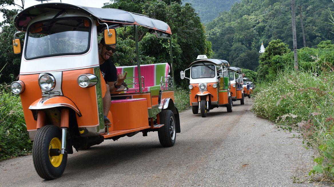 A Tuk Tuk convoy