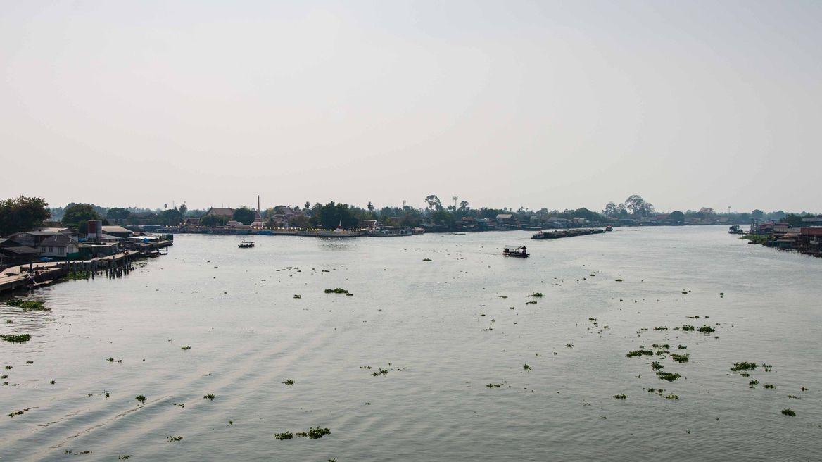 The waterway around Koh Kret