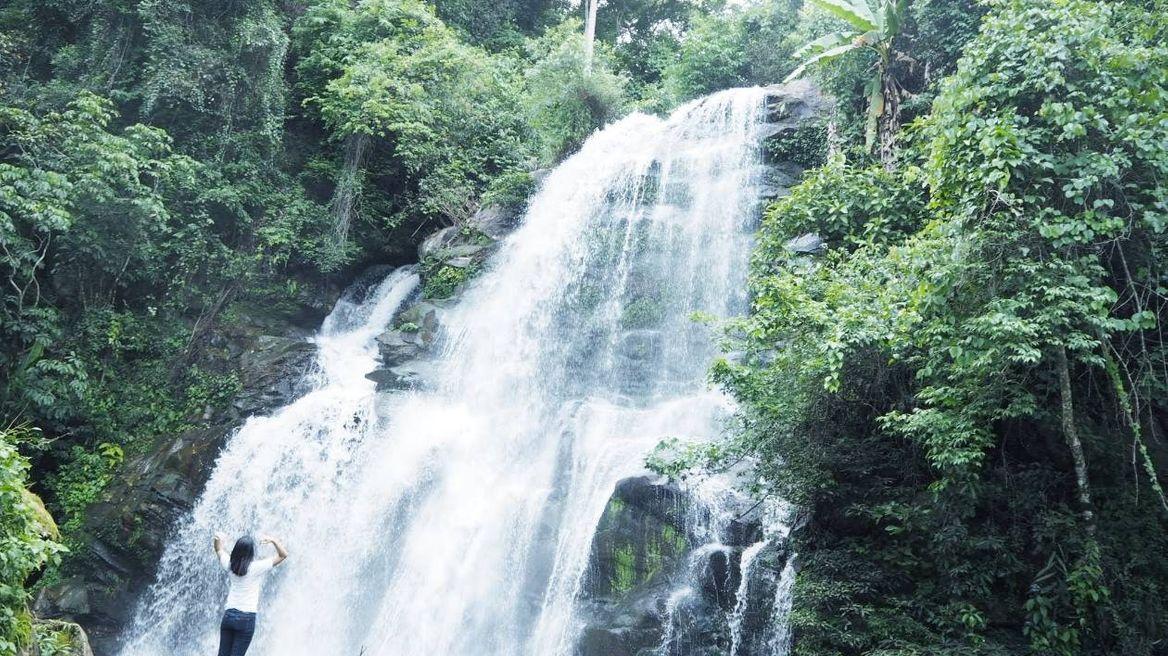 Take some memories photos while trekking with beatiful waterfall