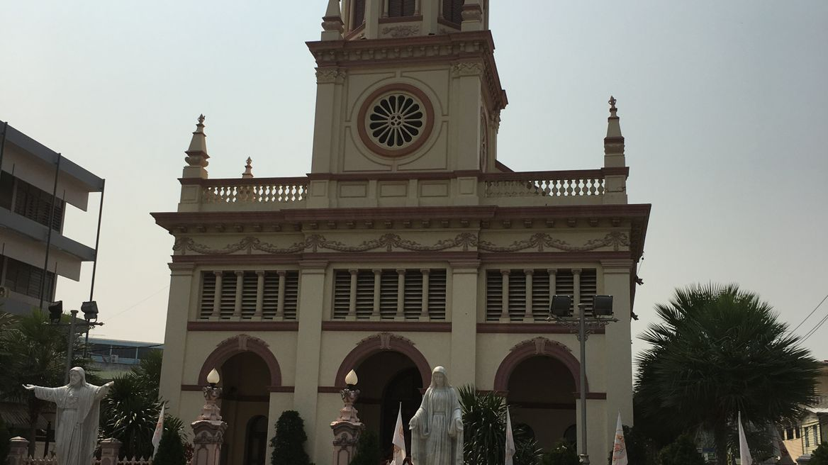 One of the oldest Catholic churches in Bangkok, Santa Cruz church