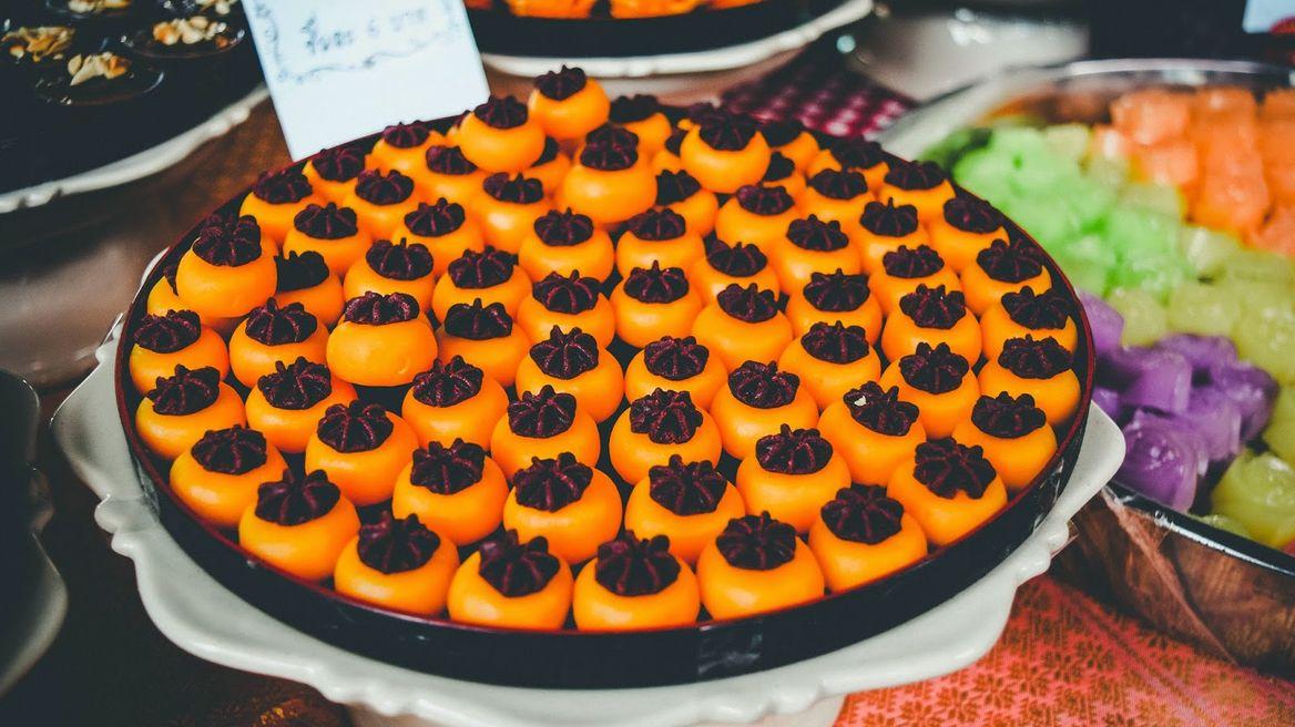Koh Kret tour: Thai desserts