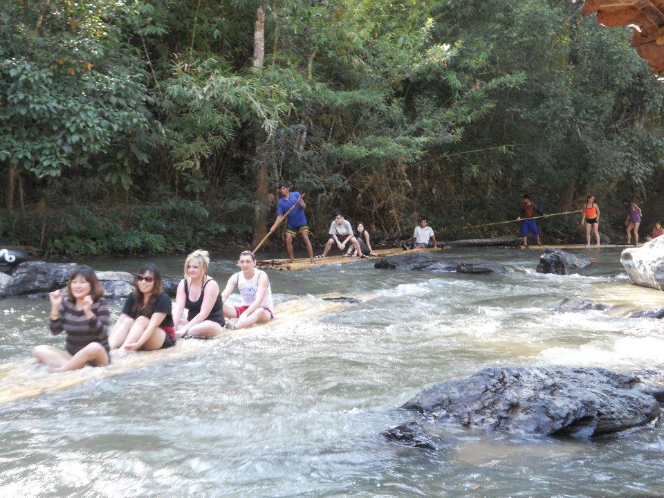 Chiang Mai Tour: Bamboo rafting