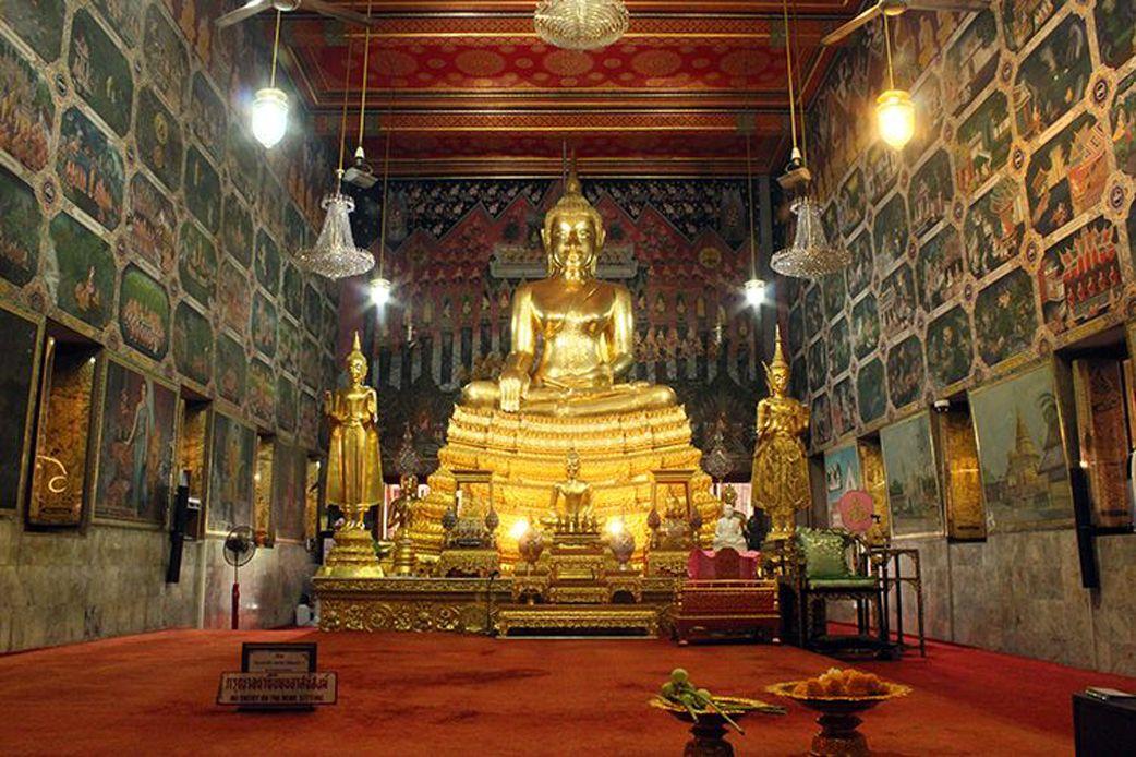 The Main Principle Buddha