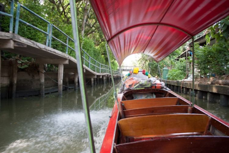 Long-tail boat trip