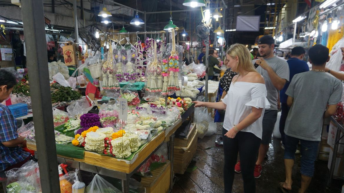 Flower market is a big wholesale market in Bangkok and open 24 hours.