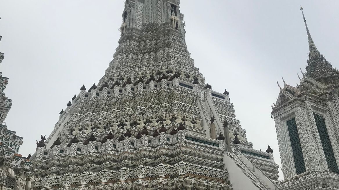 Wat Arun ( Temple of Dawn )