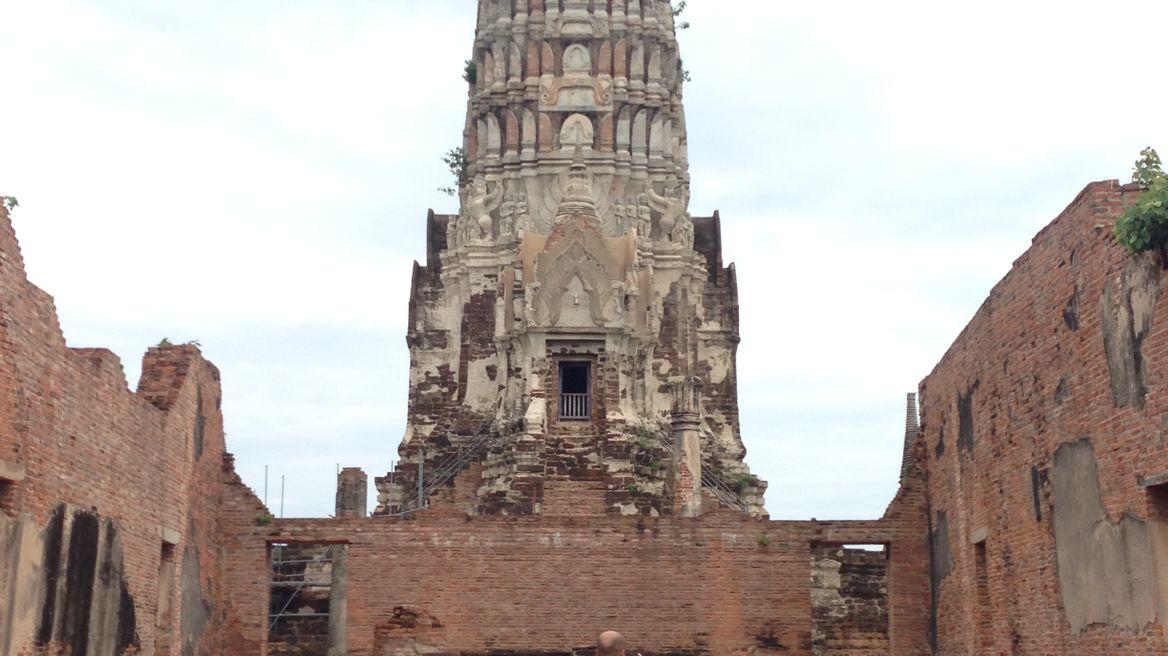 Beautiful Pagoda in Wat Rachaburana