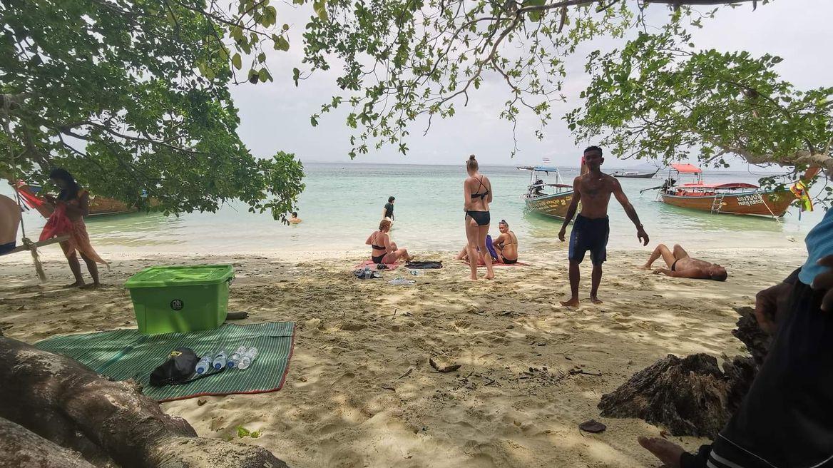 Enjoy on the beach