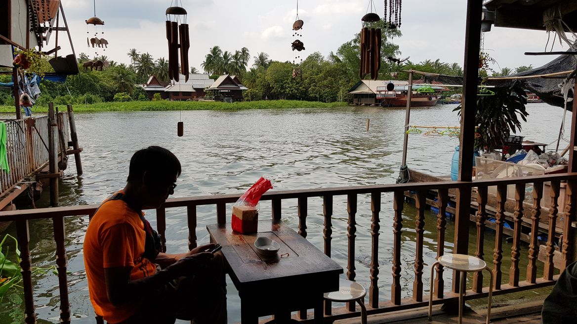 Bangkok: Riverside Tea House