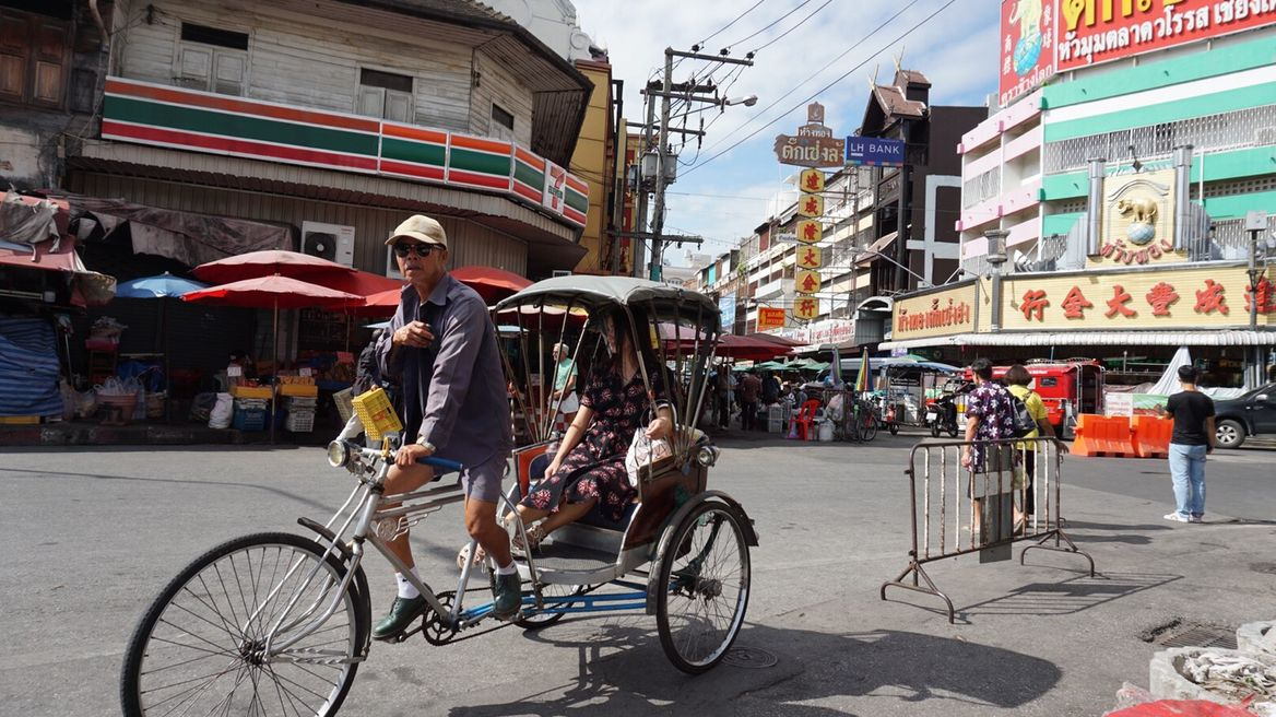 Take a trishaw around Chiang Mai old city