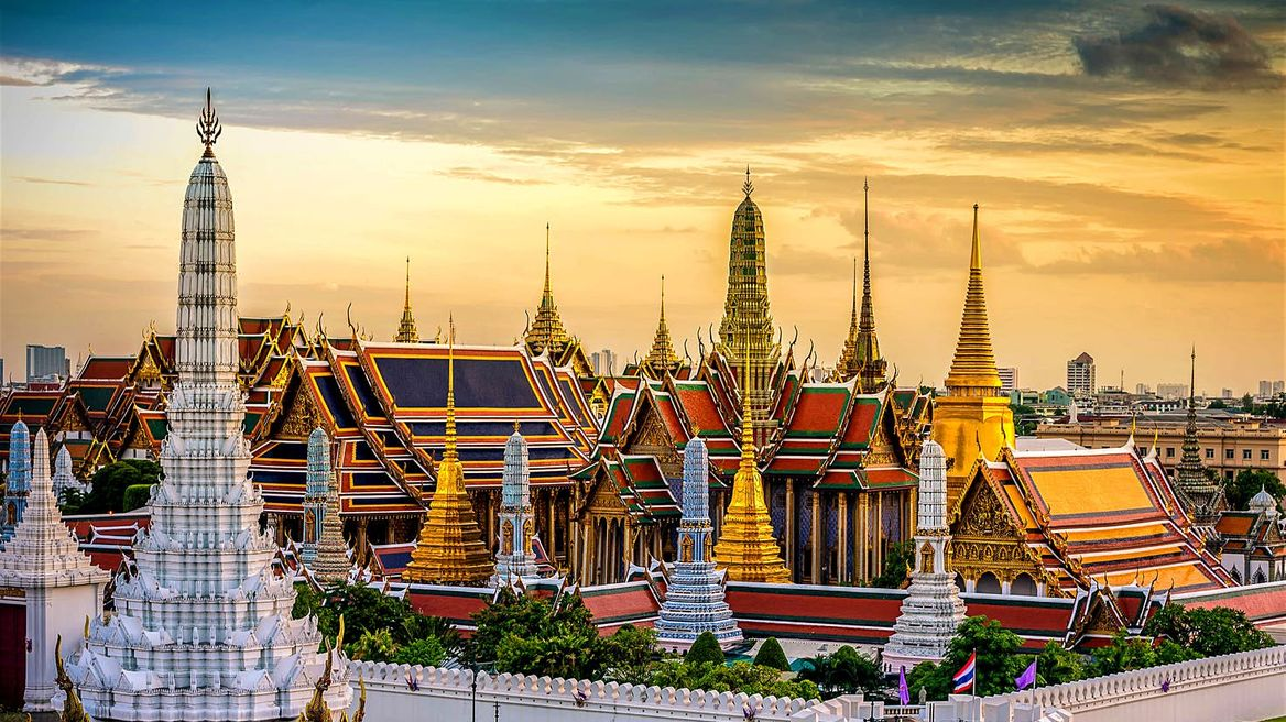 The Emerald Buddha Temple & Grand Palace