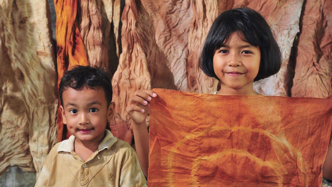 กิจกรรมทำผ้ามัดย้อมจากสีธรรมชาติ