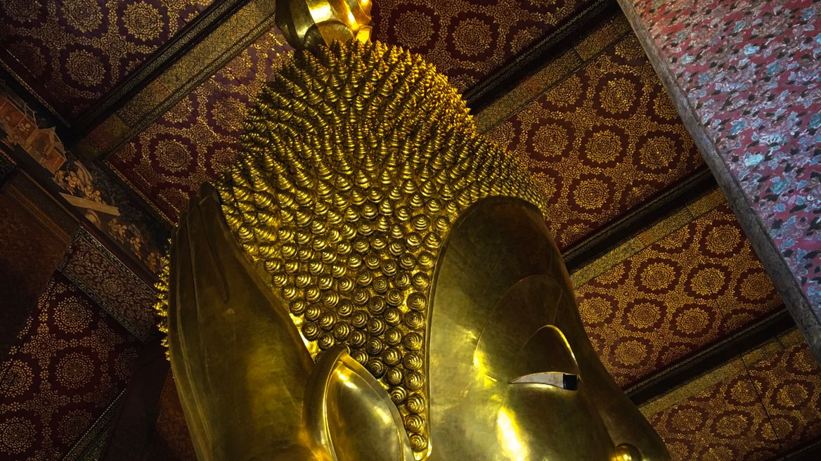 Third in size but first in beauty, this Reclining Buddha image lies in the magnificent hall for centuries, the faith in Buddhism has dated back thousands years. What you will see is one thing, what you will know is another thing. Some philosophy is that simple and one can never deny this. Join our spiritual journey.