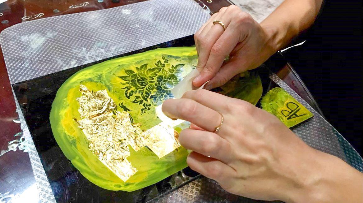 Create your own Thai art of Lai Rod Num
