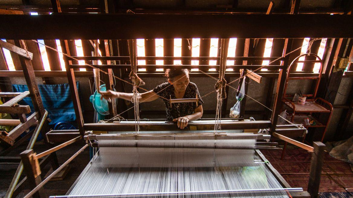 See how they make silk at Baan Krua village