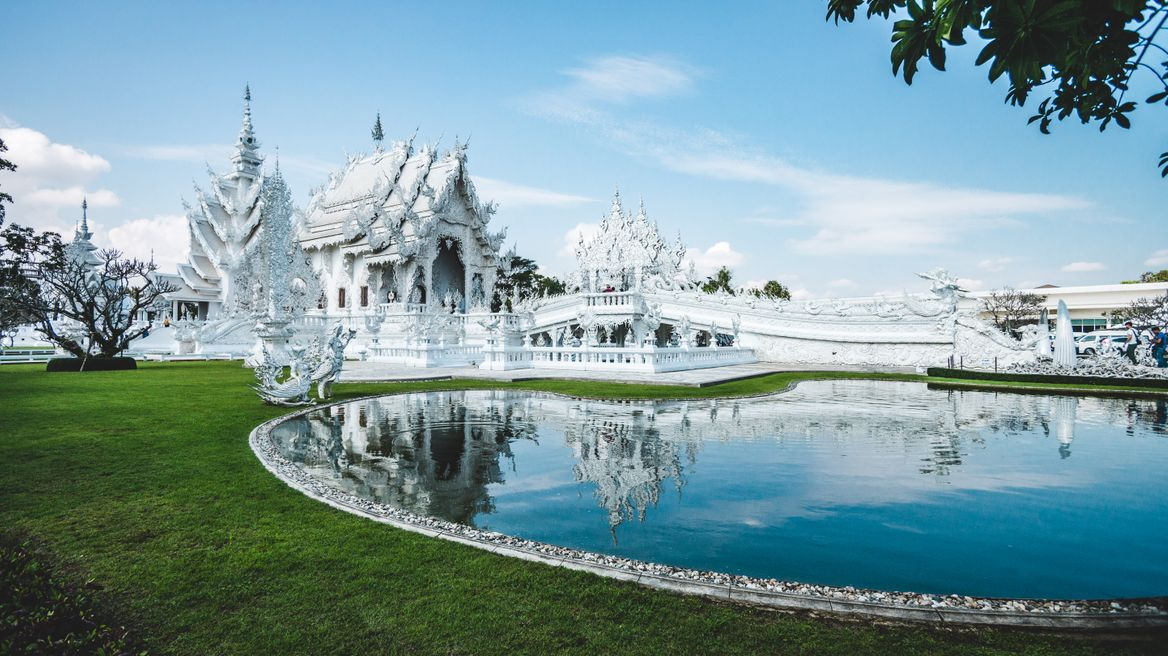 Take wonderful shot at White temple