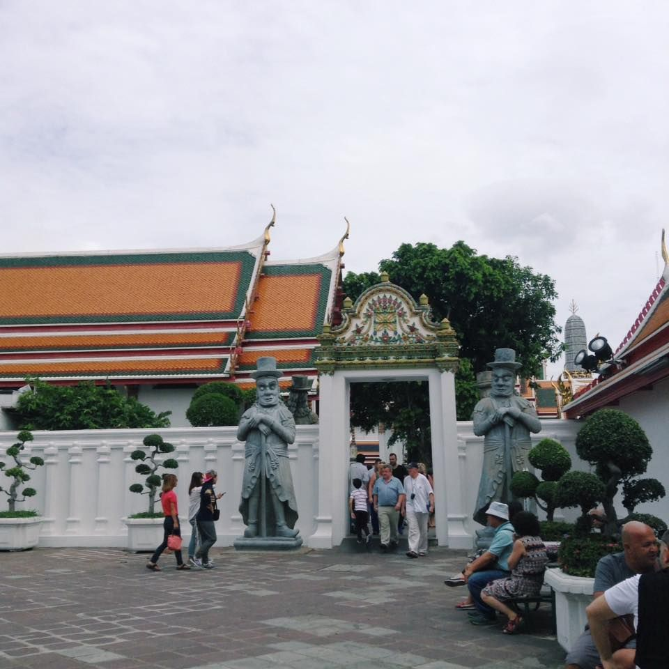Temple of the Reclining Buddha - Wat Pho (2)