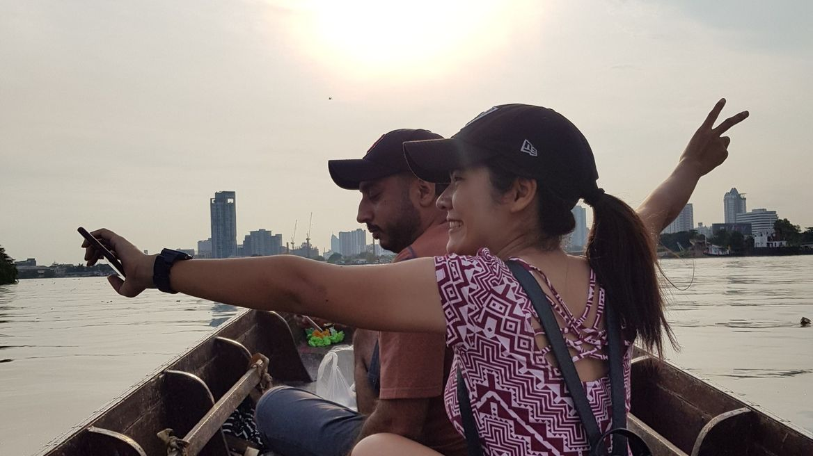Crossing the Chao Phraya River