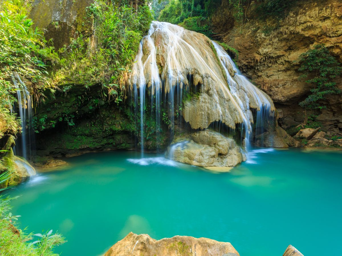 Private Day Tours Near Chiang Mai: Koh Luang Waterfall in Lamphun