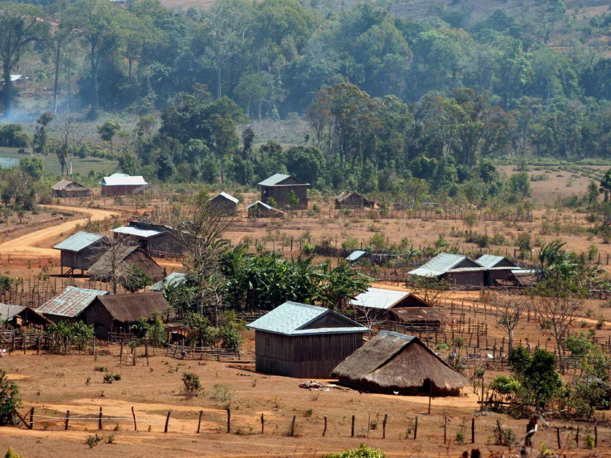 Bunong village mondulkiri cambodia