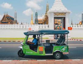 TakeMeTour - See Thailand through the local's eyes