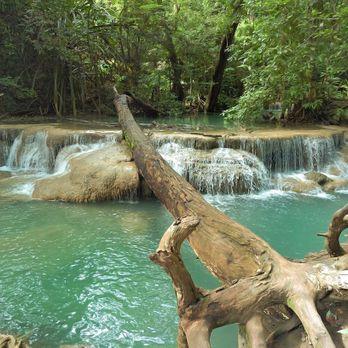 Erawan Waterfall (น้ำตกเอราวัณ)
