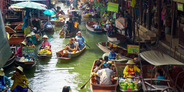 Private Damnoen Saduak Floating Market Tour