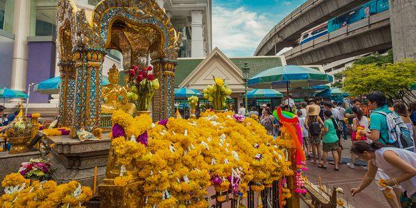 Erawan Shrine (Thao Mahaprom Shrine)