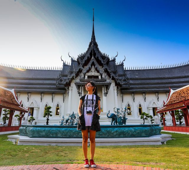 Samut Prakan Tour: Ancient City & the Largest Erawan Museum