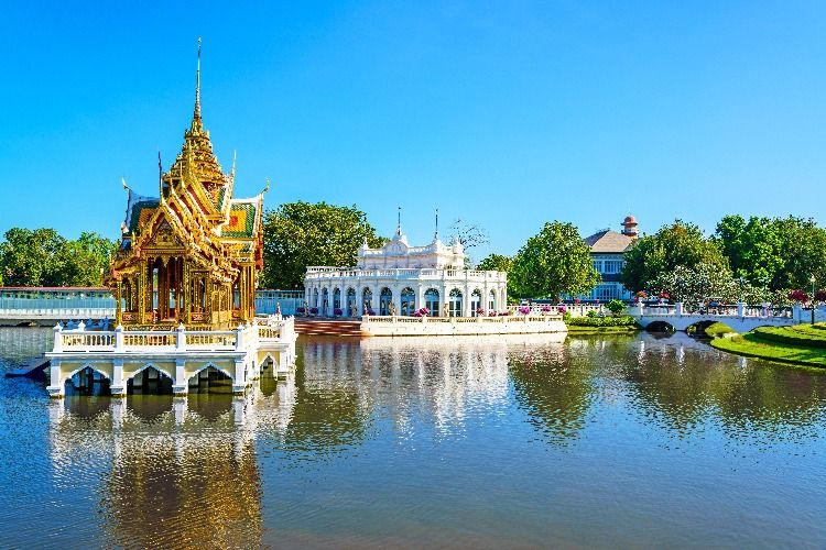 Explore the Spiritual Architecture on This Ayutthaya Temple Tour