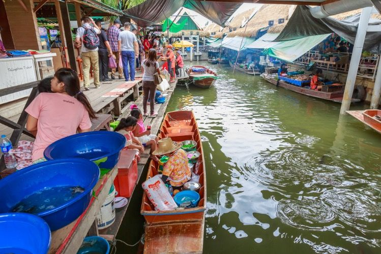 From a local floating market to the charming old town of Bangkok