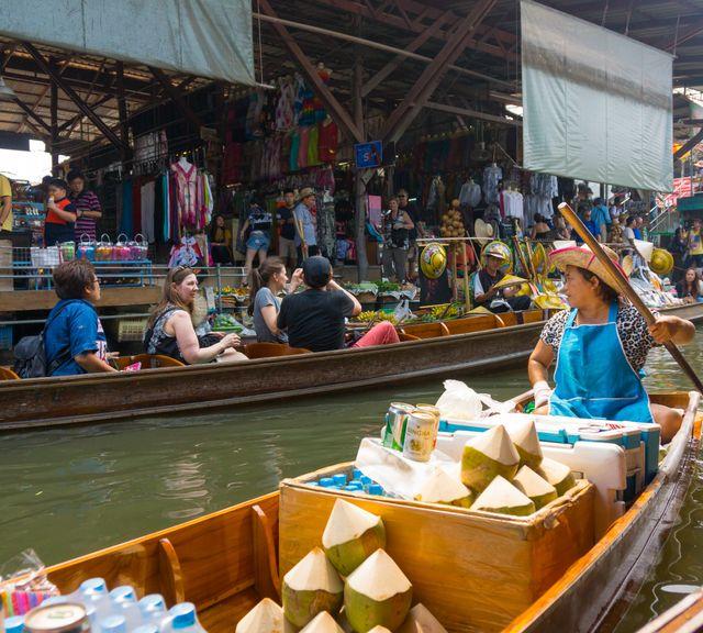 Travel from Bangkok and See the Damnoen Saduak Floating Market + Train Market